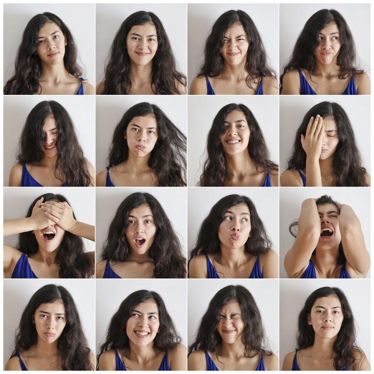 Modificare postura e gesti per imparare a gestire le emozioni