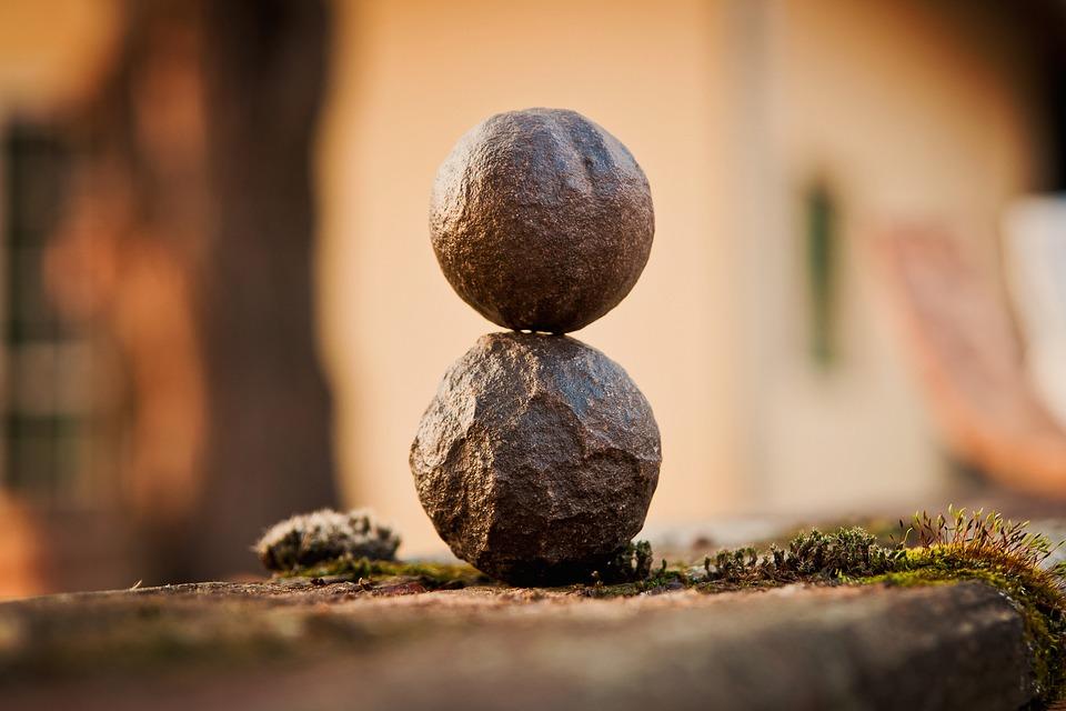 rapporto-tra-meditazione-e-relazioni-sociali
