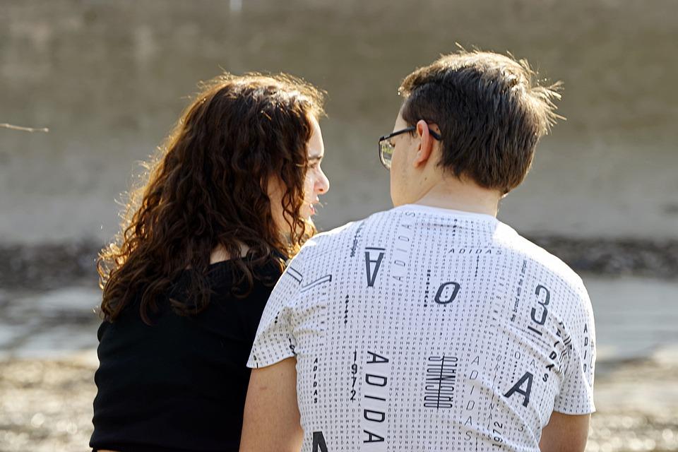 l-importanza-dell-ascolto-attivo-nella-coppia